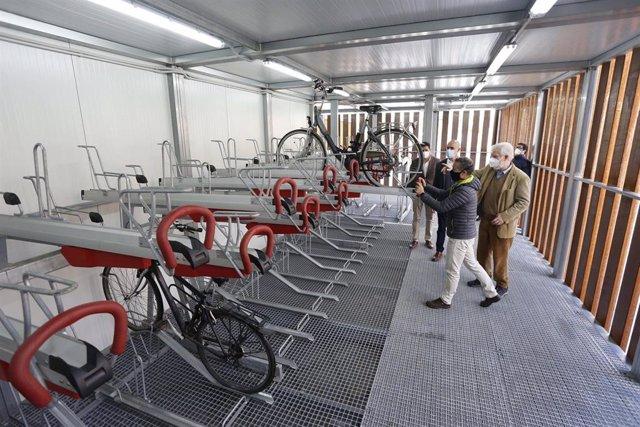 Archivo - Estación de bicis de San Bernardo