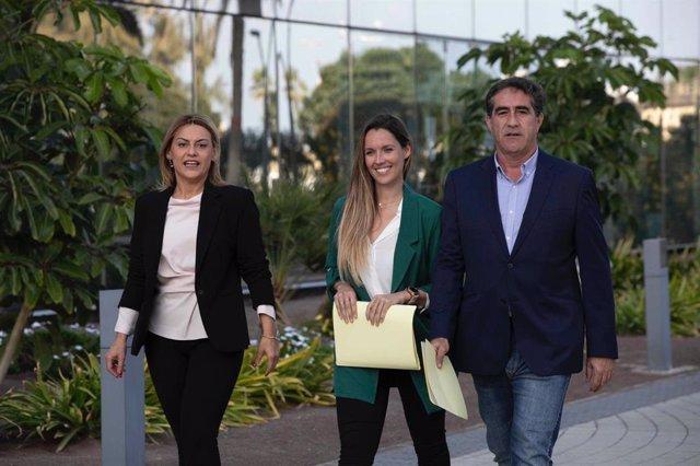 Archivo - Francis Candil junto a María Fernández y Ángeles Batista