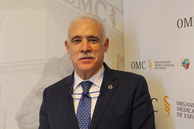EL nuevo tesorero del Consejo General de Colegios Médicos de España, Enrique Guilabert.