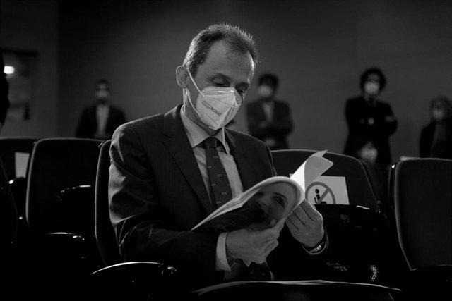 El ministro de Ciencia e Innovación, Pedro Duque, durante el acto del Día Internacional de la Mujer y la Niña en la Ciencia, en el Ministerio de Ciencia, Madrid (España), a 11 de febrero de 2021. En el acto se ha presentado el informe sobre la situación d