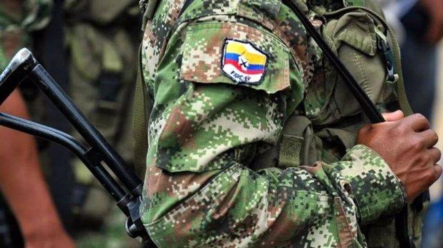Archivo -    Como parte del Acuerdo de Paz entre el Estado colombiano y las Fuerzas Armadas Revolucionarias de Colombia - Ejército del Pueblo (FARC-EP), Iván Márquez, Mauricio Jaramillo (conocido como 'el Médico'), como secretarios de las FARC-EP, entrega
