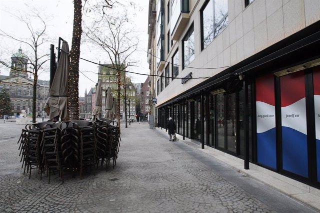 Archivo - Confinamiento en la capital de Países Bajos, Ámsterdam, a causa de la pandemia de coronavirus