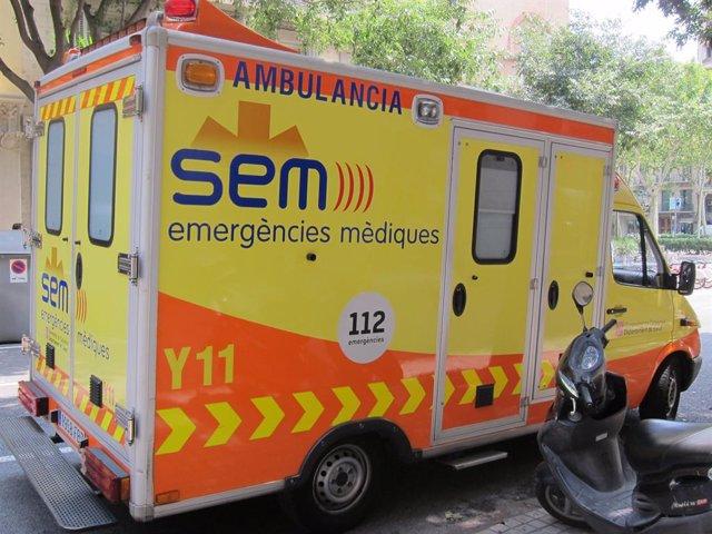 Archivo - Ambulància, SEM (Recurs)