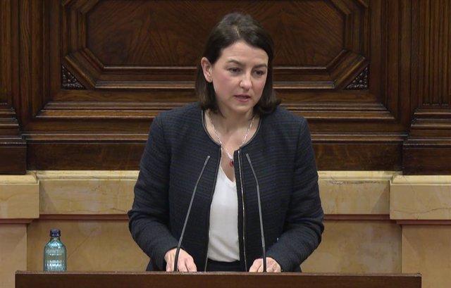 Eva Granados (PSC) en la Diputación Permanente del Parlament.