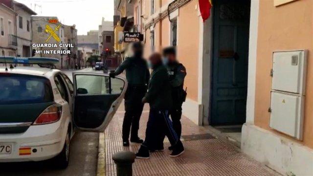 Dos detenidos por plantaciones indoor de marihuana en Sant Joan y Alicante