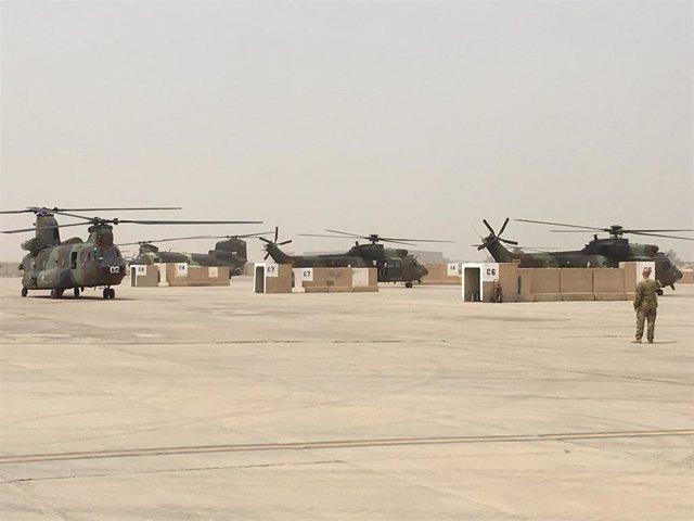 Archivo - Unidad española de Helicópteros en Irak