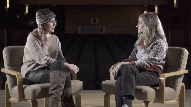 Fotograma del documental sobre la aportación de la mujer a la escena.
