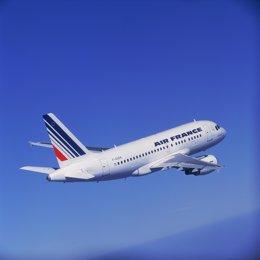 Archivo - Avión Air France