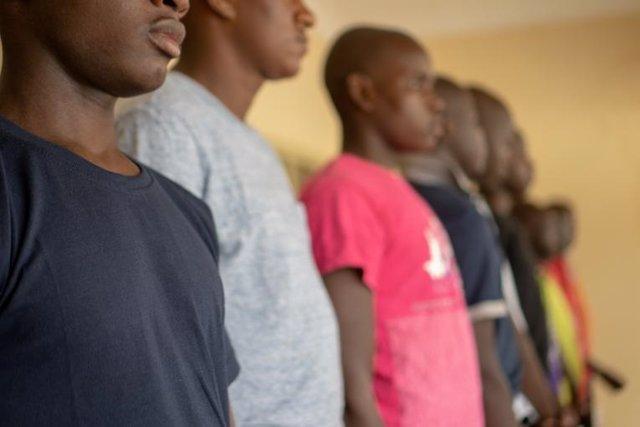Archivo - Niños liberados tras ser detenidos por su presunta vinculación con grupos armados