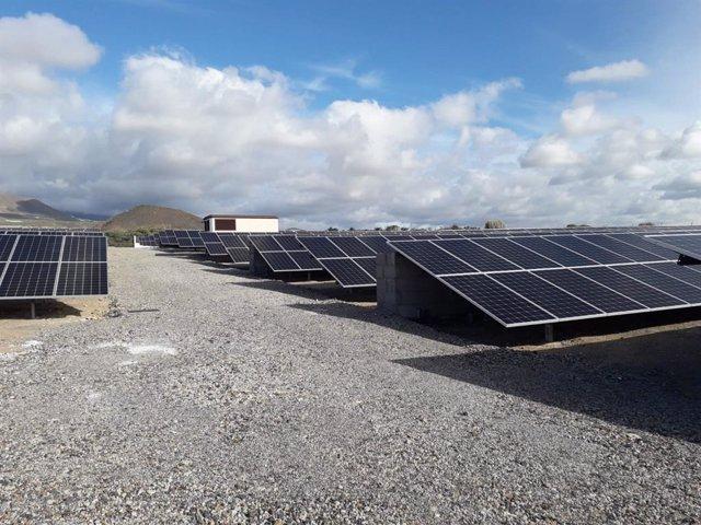 Planta fotovoltaica en el aeropuerto Tenerife Sur