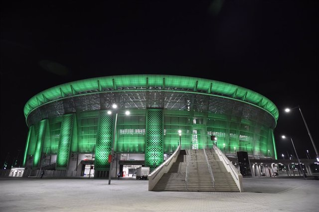 24 February 2021, Hungary, Budapest: A general view of the Puskas Arena before the start of the UEFA Champions League round of 16, first leg soccer match between Borussia Moenchengladbach and Manchester City. Photo: Marton Monus/dpa