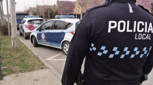 Archivo - Actuación de la Policía Local de Alovera permite detener responsable de intento de robo en vivienda.