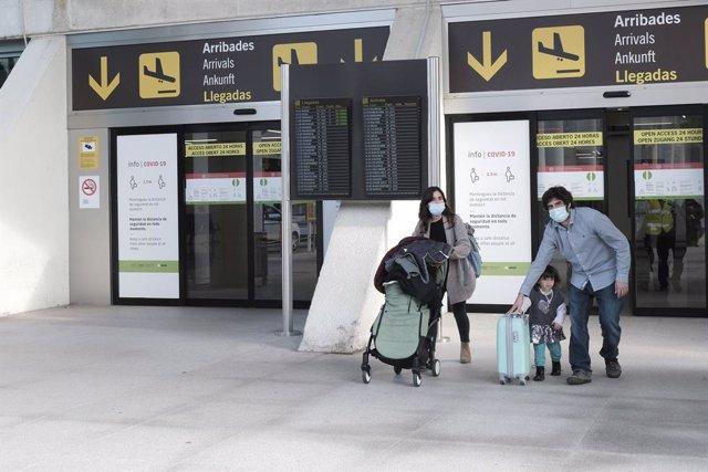 Archivo - TURISMO.- Los gallegos viajaron un 31,7% menos en verano y Galicia fue destino de un 5,9% de los viajes de los españoles