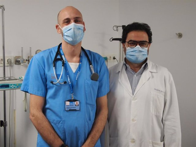 En el estudio han participado los doctores del Hospital del Mar Robert Güerri y Juan Pablo Horcajada