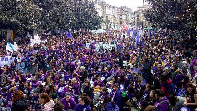 Archivo - Manifestación feminista en Verín (Ourense) el 1 de marzo, precedente de este 8 de marzo de 2020
