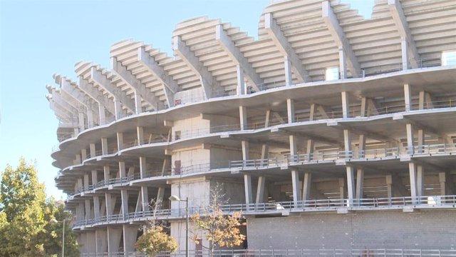 Archivo - Imagen de las obras inacabadas del nuevo Mestalla.