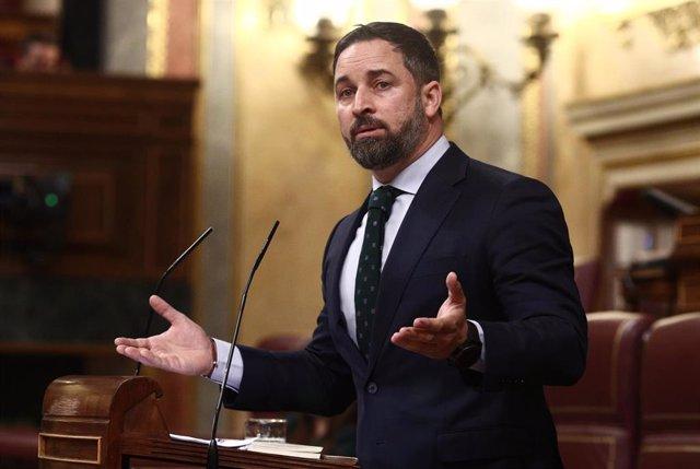 El líder de Vox, Santiago Abascal, interviene en una sesión de Control al Gobierno en el Congreso de los Diputados.