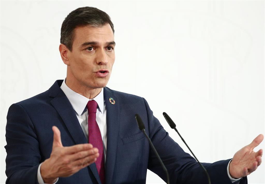 """Sánchez defiende la compra de vacunas coordinada por Bruselas: """"Ha evitado una carrera entre países de la UE"""