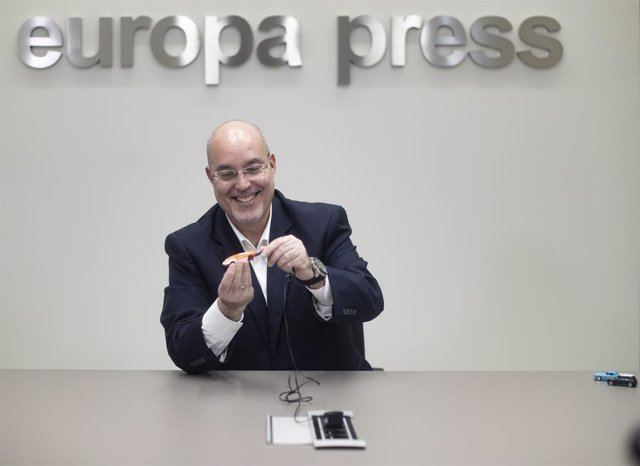 El director general de la Asociación Empresarial para el Desarrollo e Impulso del Vehículo Eléctrico (Aedive), Arturo Pérez de Lucía González, en una entrevista con Europa Press.