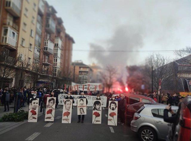Manifestación en recuerdo a las víctimas del 3 de marzo