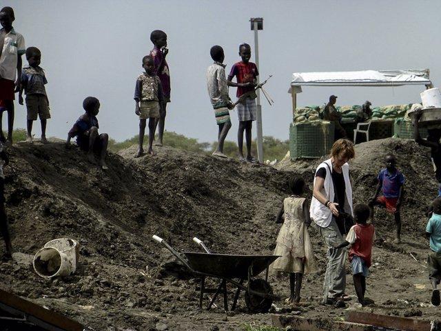 Archivo - Refugiados en base de la ONU en Bentiu