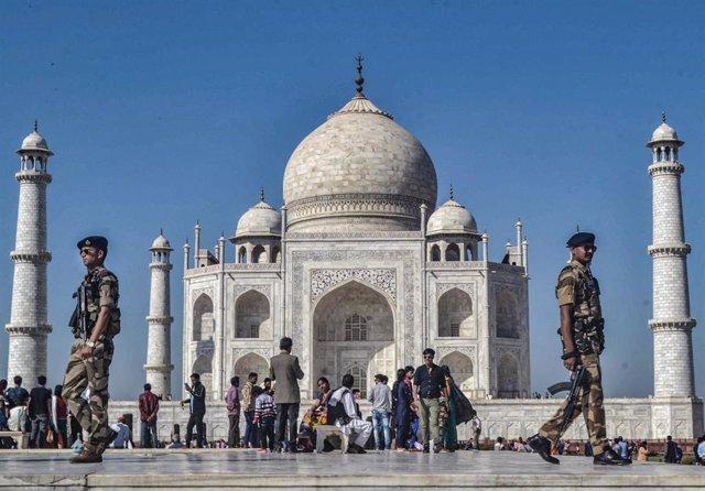 Archivo - Taj Mahal.