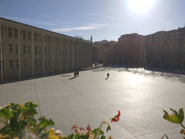 Archivo - Plaza del Ayuntamiento de Logroño