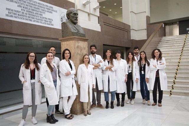 Archivo - Investigadores del Instituto de Investigación Sanitaria INCLIVA, del Hospital Clínico de Valencia.