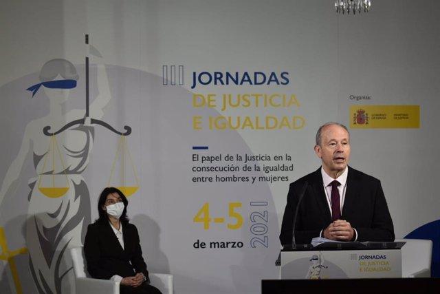 El ministro de Justicia, Juan Carlos Campo, y la presidenta del Senado, Pilar Llop, en las III Jornadas de Justicia e Igualdad.