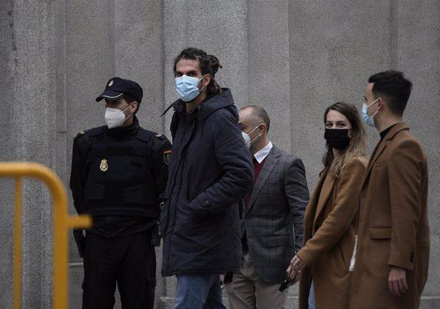 El diputado y secretario de Organización de Podemos, Alberto Rodríguez, a su llegada al Tribunal Supremo.