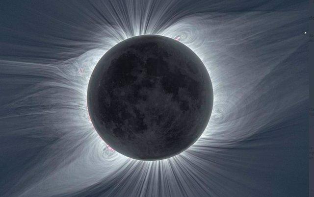 La corona solar vista con luz blanca durante el eclipse solar total del 21 de agosto de 2017