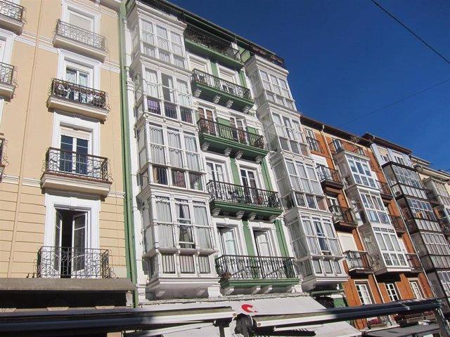Archivo - Viviendas y pisos en Santander.