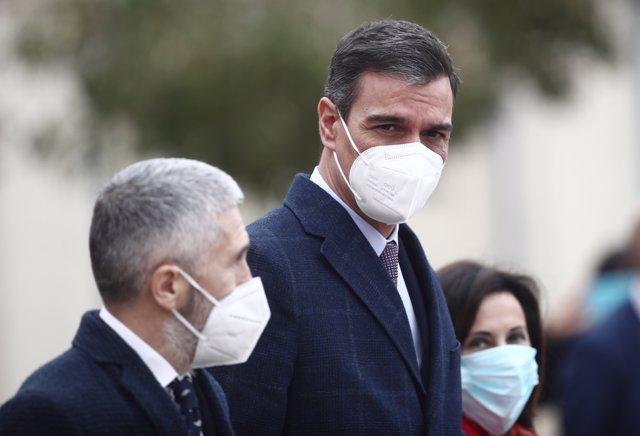 El ministro del Interior Fernando Grande-Marlaska; el presidente del Gobierno, Pedro Sánchez, y la ministra de Defensa, Margarita Robles