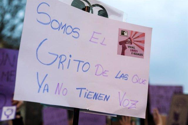 Archivo - Manifestación del 8M (Día Internacional de la Mujer) en Madrid a 8 de marzo de 2020