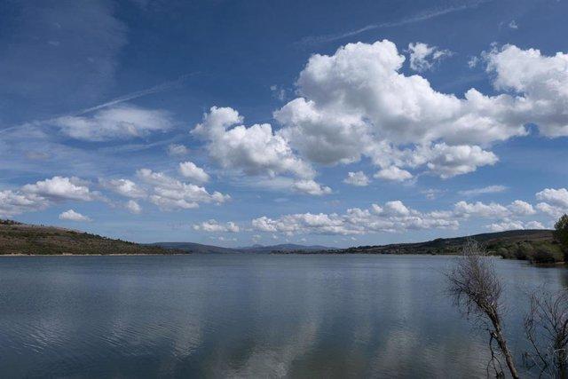 Archivo - Pantano del Ebro
