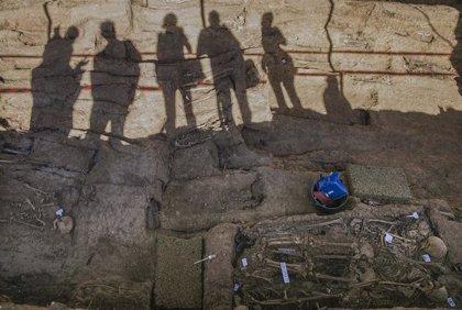 El Gobierno prevé realizar actuaciones de exhumación, investigación y análisis de restos en más de 90 municipios