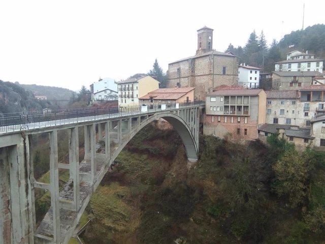 Viaducto de Ortigosa que los vecinos piden que se arregle