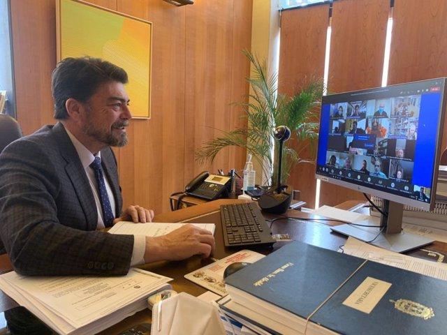 Barcala preside el consejo social de la ciudad