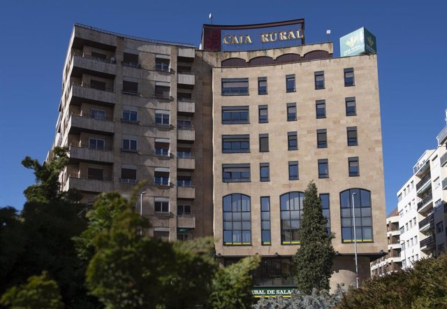 Archivo - Sede central de Caja Rural de Salamanca.