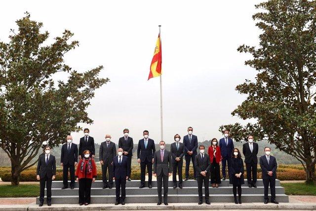 El Rey recibe al Consejo de Socios de KPMG con motivo del 50º aniversario de la firma en España