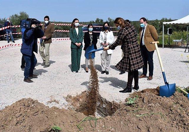 Colocación de la primera piedra de la EDAR y agrupación de vertidos de Jabalquinto.