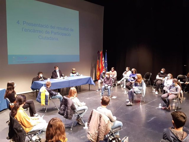 Reunión del Consell Municipal de la Infancia.