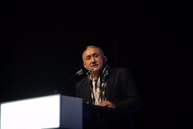 Archivo - El secretario general de UGT, Pepe Álvarez, interviene en la clausura del 16º Congreso de UGT-Catalunya, en Barcelona, Cataluña (España).