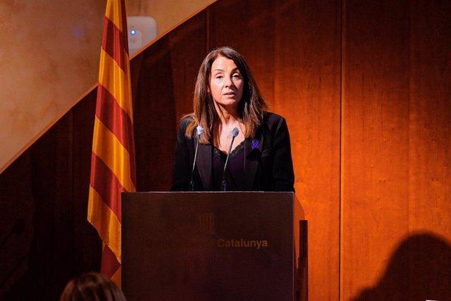La consellera de Presidencia y portavoz del Govern, Meritxell Budó, durante su parlamento de clausura del acto institucional de la Generalitat del Día Internacional de la Mujer, a jueves 4 de marzo del 2021 en Barcelona.