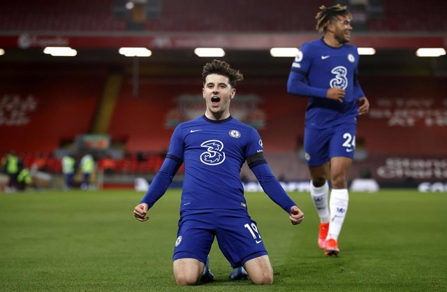 04 March 2021, United Kingdom, Liverpool: Chelsea's Mason Mount celebrates scoring their side's first goal of the game during the English Premier League soccer match between Liverpool and Chelsea at The Anfield. Photo: Phil Noble/PA Wire/dpa