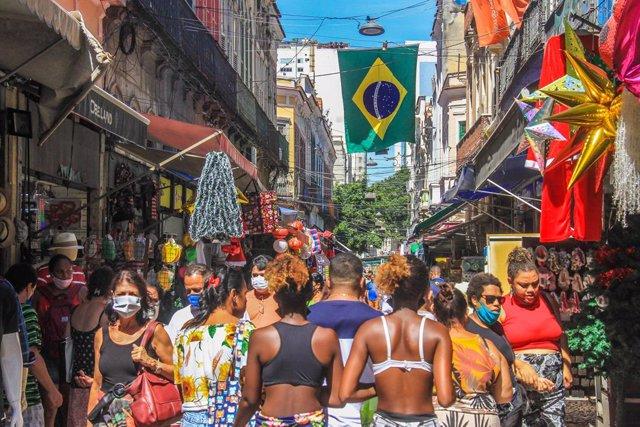 Archivo - Zona comercial de Río de Janeiro, Brasil