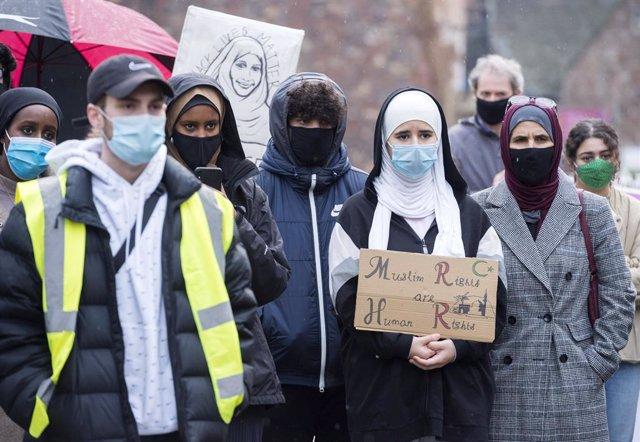 Archivo - Manifestación contra la islamofobia en Bristol.