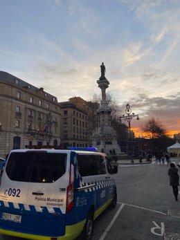 Archivo - Policía Municipal de Pamplona denuncia este fin de semana a 98 personas por incumplir la normativa sanitaria