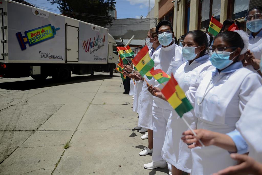 Dictan prisión preventiva contra dirigentes que convocaron la asamblea en la que murieron ocho estudiantes en Bolivia