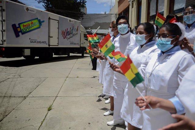 Imagen de archivo de estudiantes en Bolivia.